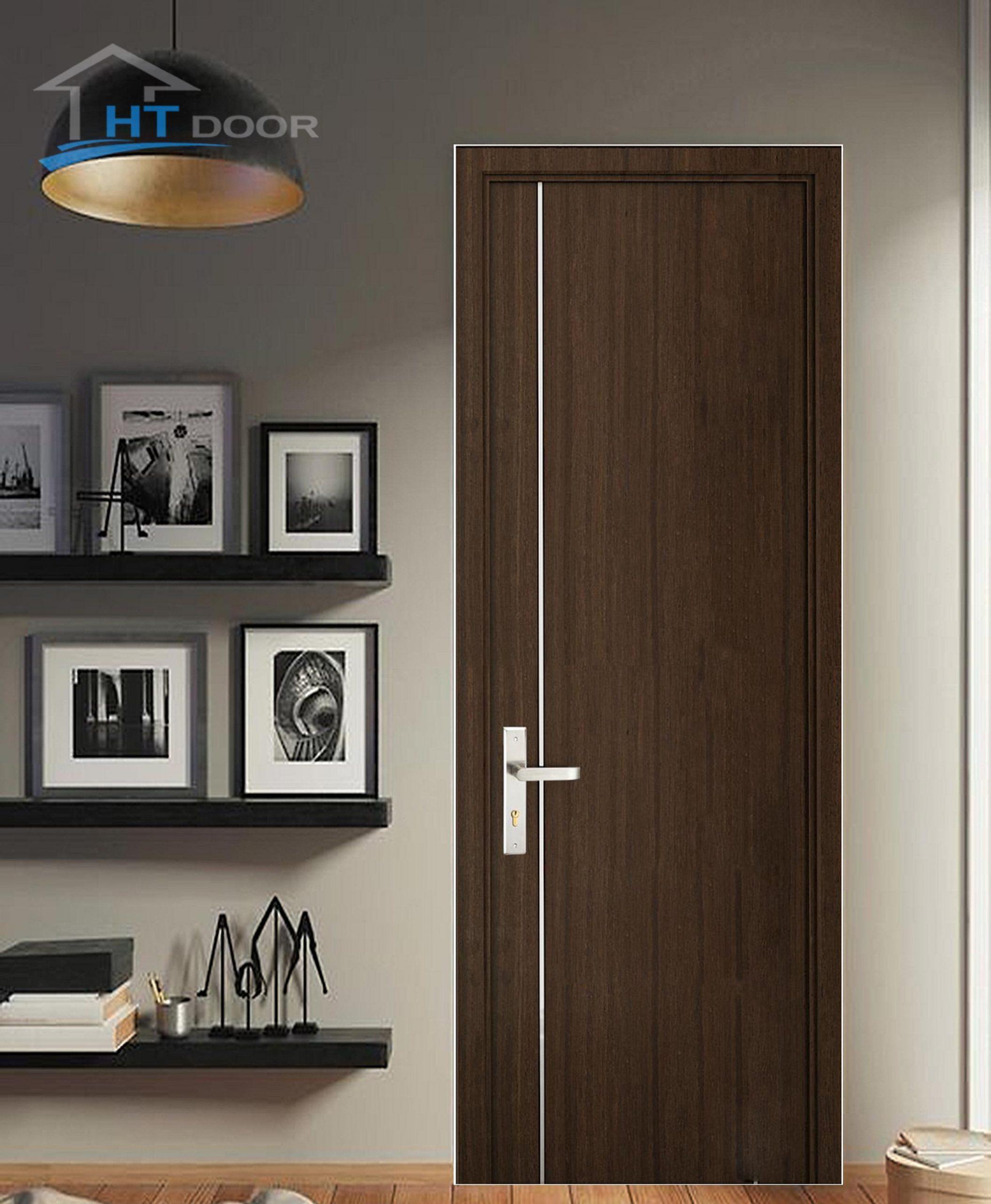 Mẫu cửa gỗ nhựa composite kẻ chỉ nhôm