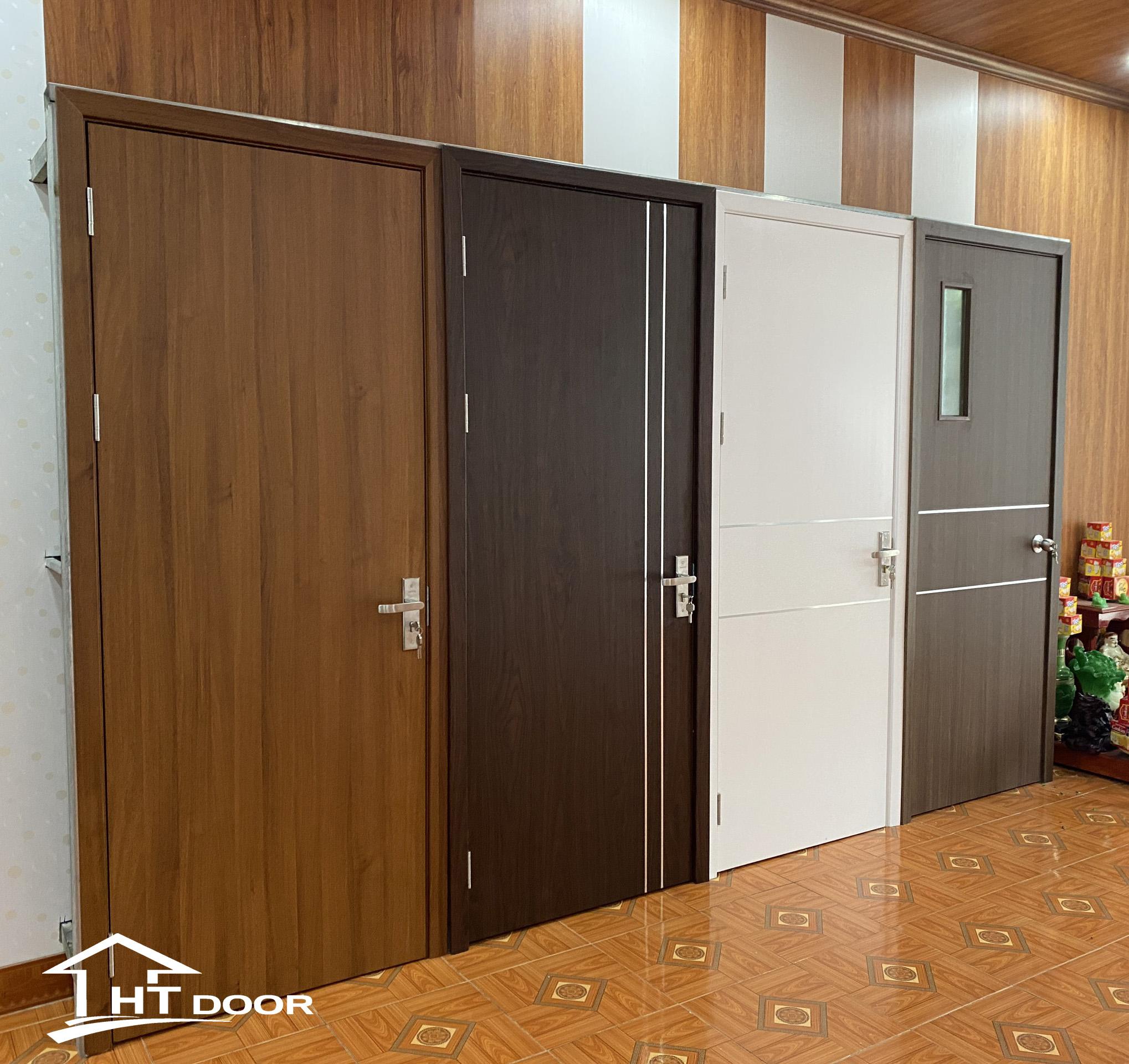 Hình ảnh showroom cửa composite Móng Cái - Quảng Ninh
